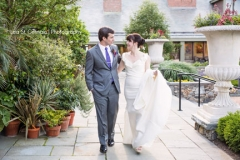 bride and groom , first look ,  garden , botanical , jd designs , lea st germain photography , tower hill botanic garden , boho chic