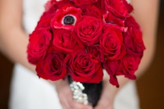jd designs, lea st germain photography, boston, boston wedding, red , black, bouquet , exquisite linens and florals , bridal bouquet , smith and wollensky, bella sera bridal and occasions, details